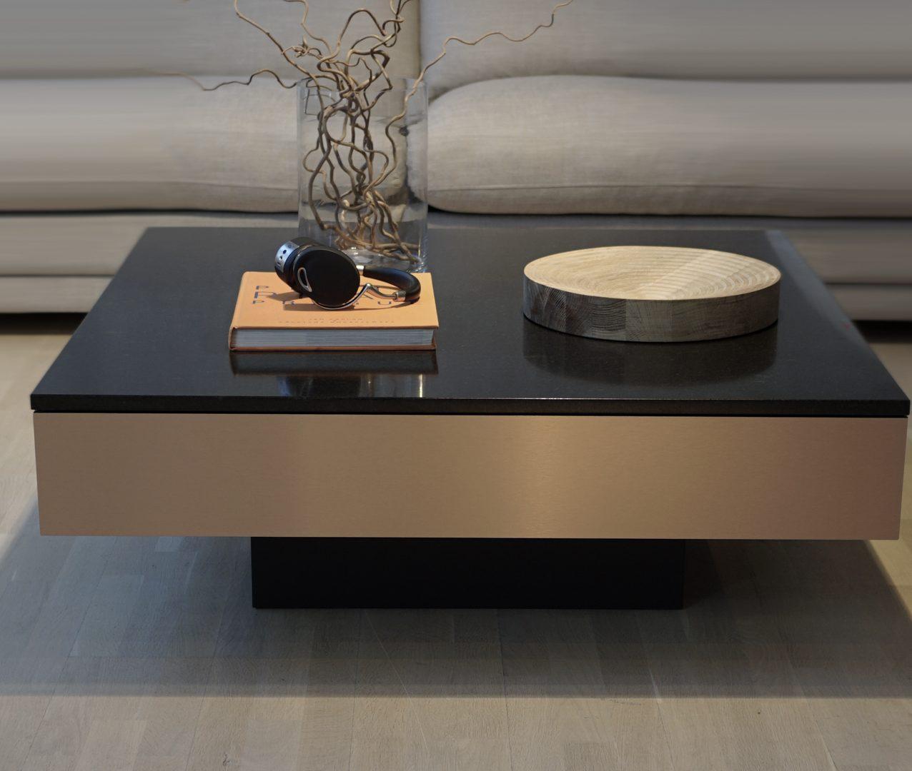 Soffbord med låda Copper Box 108 x 108 h 38 cm granittop